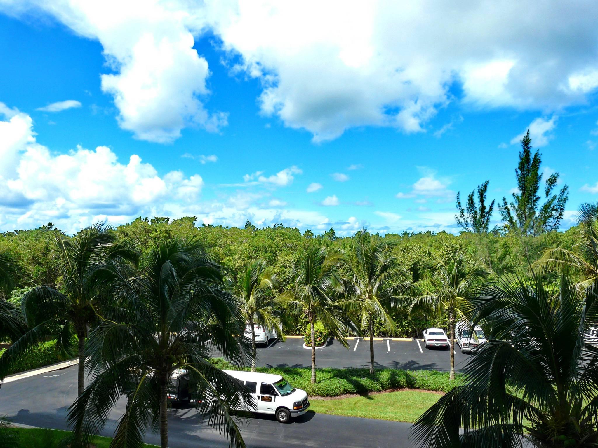 View South Seas Tower 4-301